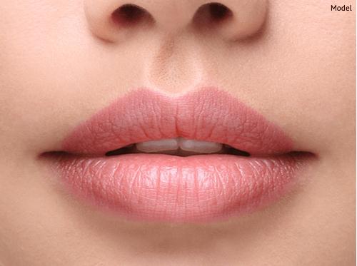 close-up-shot-of-beautiful,-plump-lips-img-blog-compressor